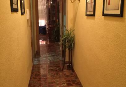 Apartamento en Avenida Buienos Aires, nº 28