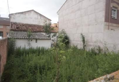 Terreno en calle Villafranca