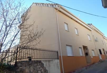Casa pareada en calle Vega, nº 20