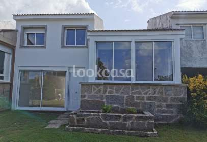 Casa pareada en calle Vinquiño - Vento, nº 162