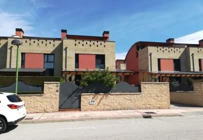 Casa adosada en calle El Soto