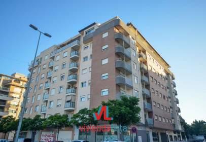 Apartamento en Avenida General Ortín, nº 9