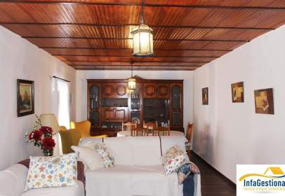 Casa en Alcubillas