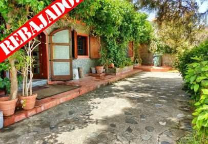 Casa en calle Adelfas