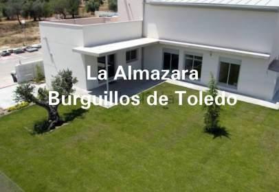 Casa a calle Sierra Morena, nº 3