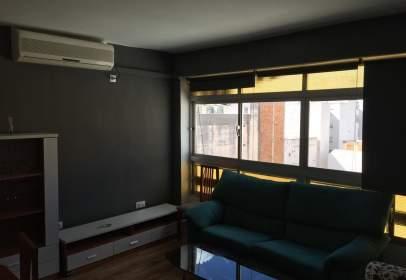 Apartamento en Camino de Suárez, cerca de Calle Martínez de la Rosa