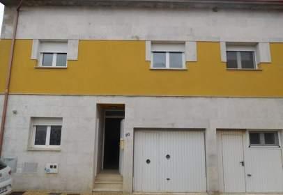 Paired house in calle Vivar