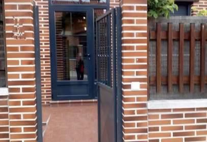 Casa adosada en Renedo de Esgueva
