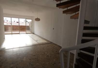 Duplex in calle de Moratín, 5