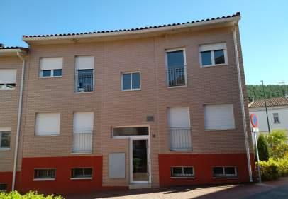 Apartament a calle Virgen del Moncayo