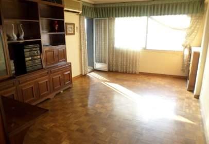 Apartament a Paseo Teruel, Zaragoza, nº 36