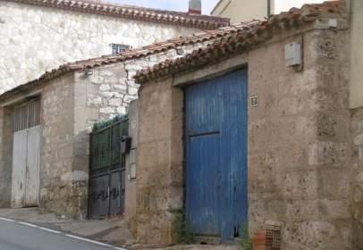 Paired house in calle de San Pedro Cárdeña