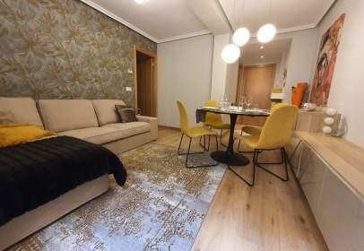 Apartamento en calle de Fernán González