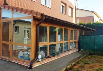 Casa adosada en calle Moreras, nº 25