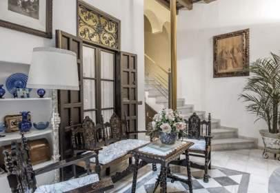 Casa adosada en calle Abades, Sevilla