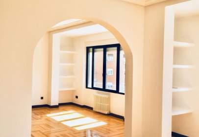 Apartament a calle de Andrés Mellado, nº 114