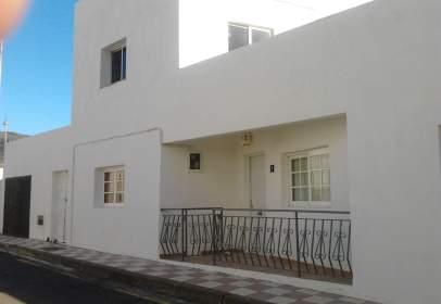 Casa en Avenida de La Iglesia, nº 5
