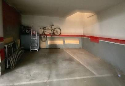 Garage in Villares de La Reina