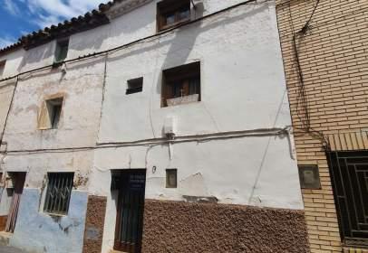 Casa aparellada a calle Mayor