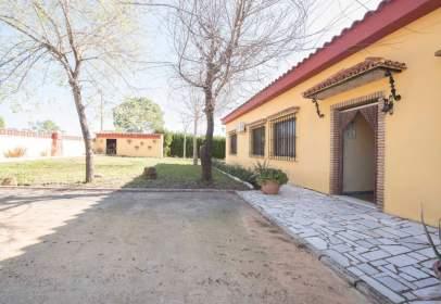 Casa en calle Urbanización los Frutales del Alcor, nº 140