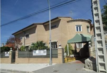 Terraced house in calle Hurtada
