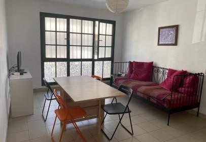 Apartamento en calle Virgen De La Peña