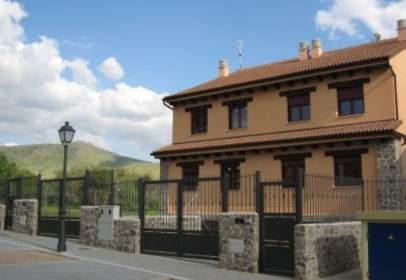 Casa adosada en Trescasas