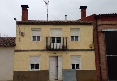 Casa a Villoldo