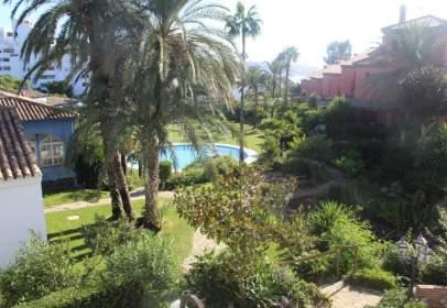 Casa adosada en calle Playa Azul