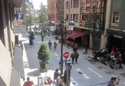 Apartamento en calle Manuel Pedregal, Oviedo, nº 4