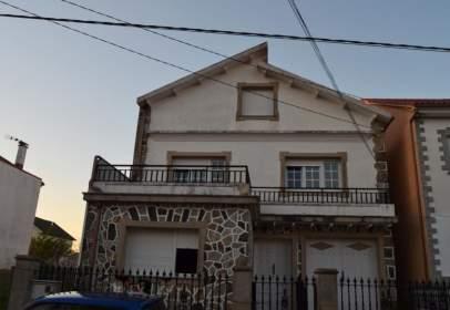 Casa en calle Abruñeiras