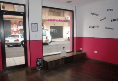 Local comercial en calle de Valverde