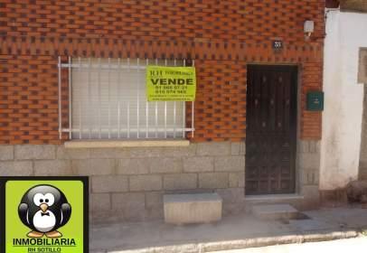 Casa aparellada a calle de la Ermita, nº 35