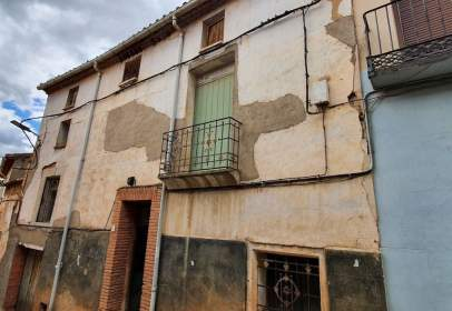 Terraced house in calle Empedrada