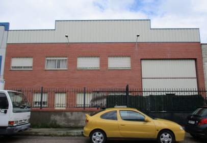 Nave industrial en calle Labrador, nº 68