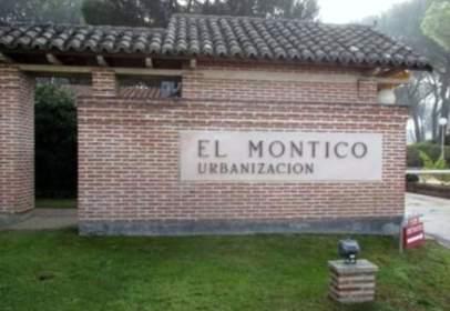 Casa en Avenida del Torrelobatón, nº 348