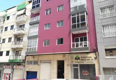Apartamento en calle Ramón Trujillo Torres
