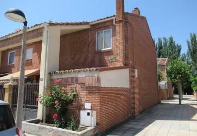 Casa aparellada a calle Lope de Vega, nº 2