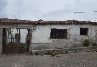 Finca rústica en calle de Cabezuela, nº 15