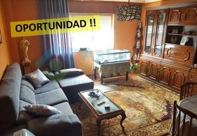 Apartment in Avenida Oviedo