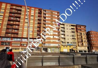 Apartment in Avenida de los Reyes Católicos, 19
