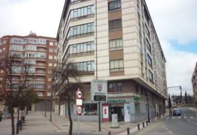 Apartamento en Plaza de Santa Casilda, nº 1