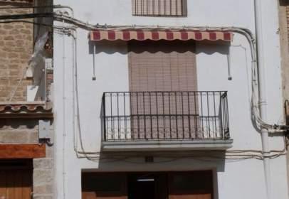 Casa en calle Valdeltormo