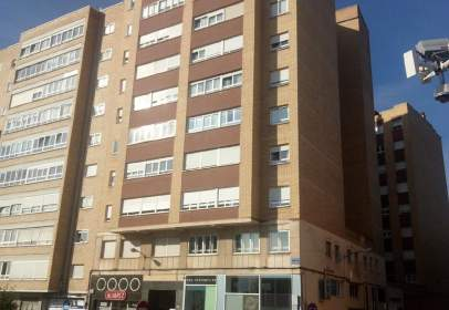 Apartamento en Avenida de Cantabria