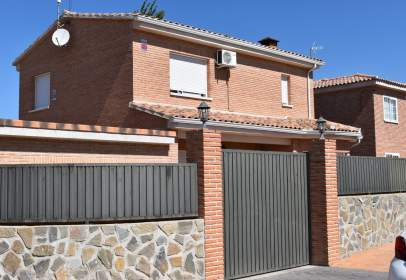 House in calle Gerona