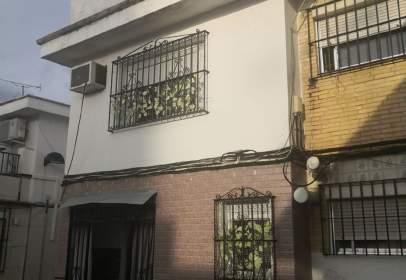 Casa adosada en calle Juan XXIII