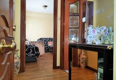 Apartament a calle Hermanos Cossio, nº 9