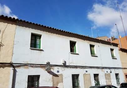 Casa adosada en Oliver-Valdefierro