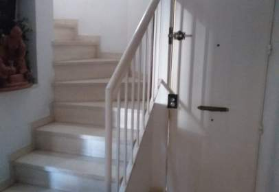 Casa adosada en San Jerónimo-La Bachillera