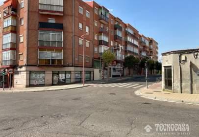 Piso en calle Juan Carlos I
